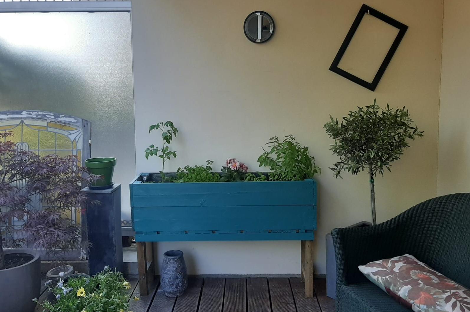 bac bois peint sur terrasse